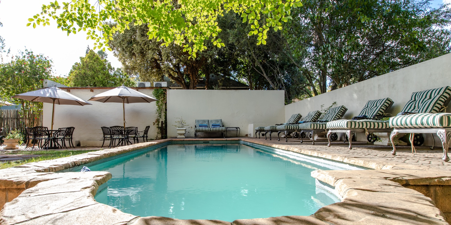 Evergreen Manor & Spa swimming pool to relax and unwind
